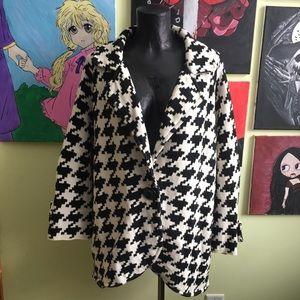 Jackets & Blazers - Black and White Houndstooth Sweater Blazer